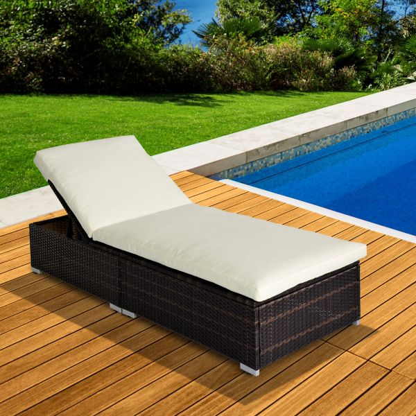 Outsunny Rattan Recliner Garden Sun Lounger - Brown
