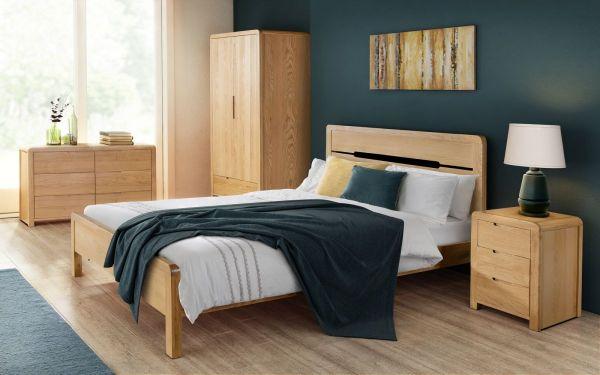 Julian Bowen Curve Oak Bed - Double or King