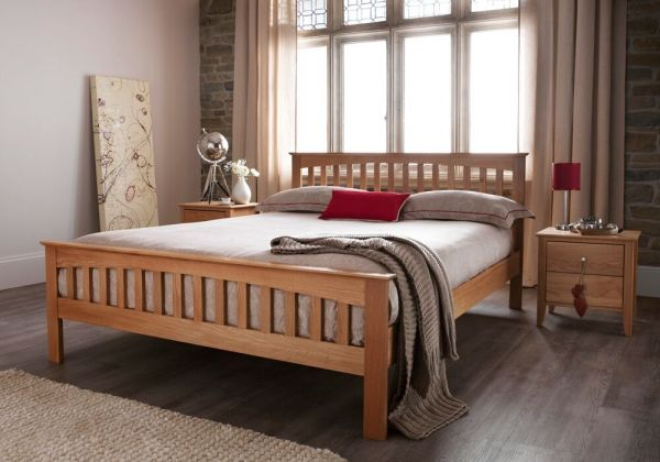 Windsor Oak Wood Bed - 5 Sizes
