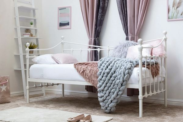 Knebworth Vintage White Metal Day Bed with Trundle Option