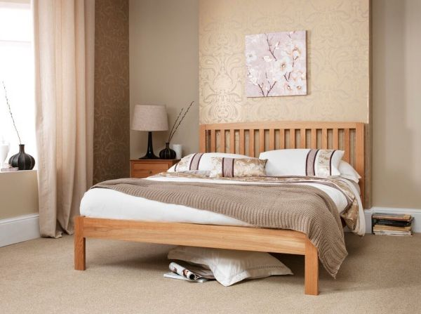 Thornton Oak Wood Bed - 5 Sizes