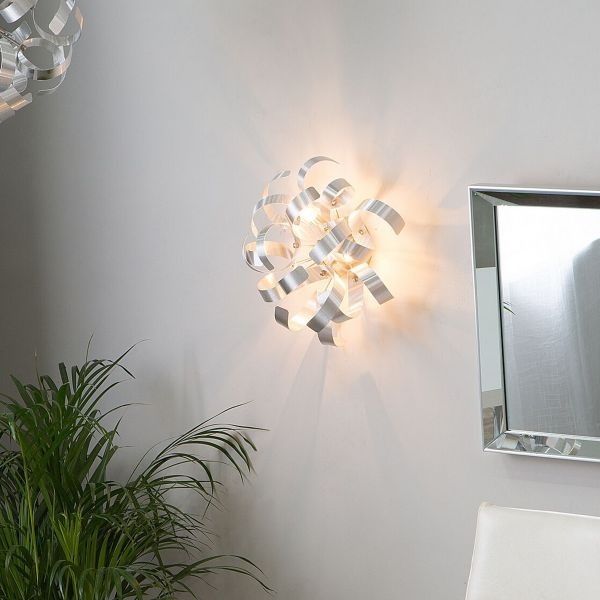 Icani Wall Lamp