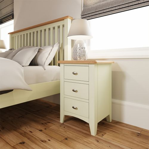 Luxury 3 Drawer Bedside Cabinet - White