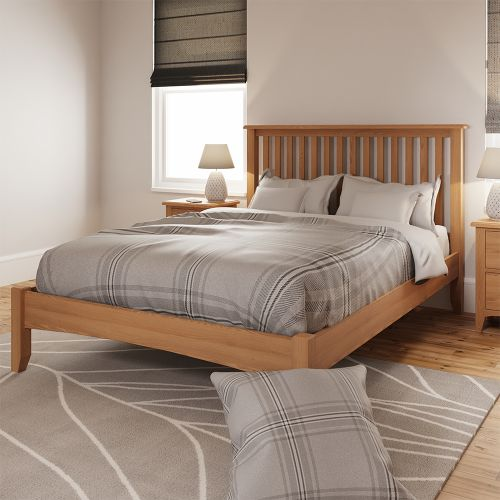 Comodo 4FT6 Double Bed Frame - Light Oak